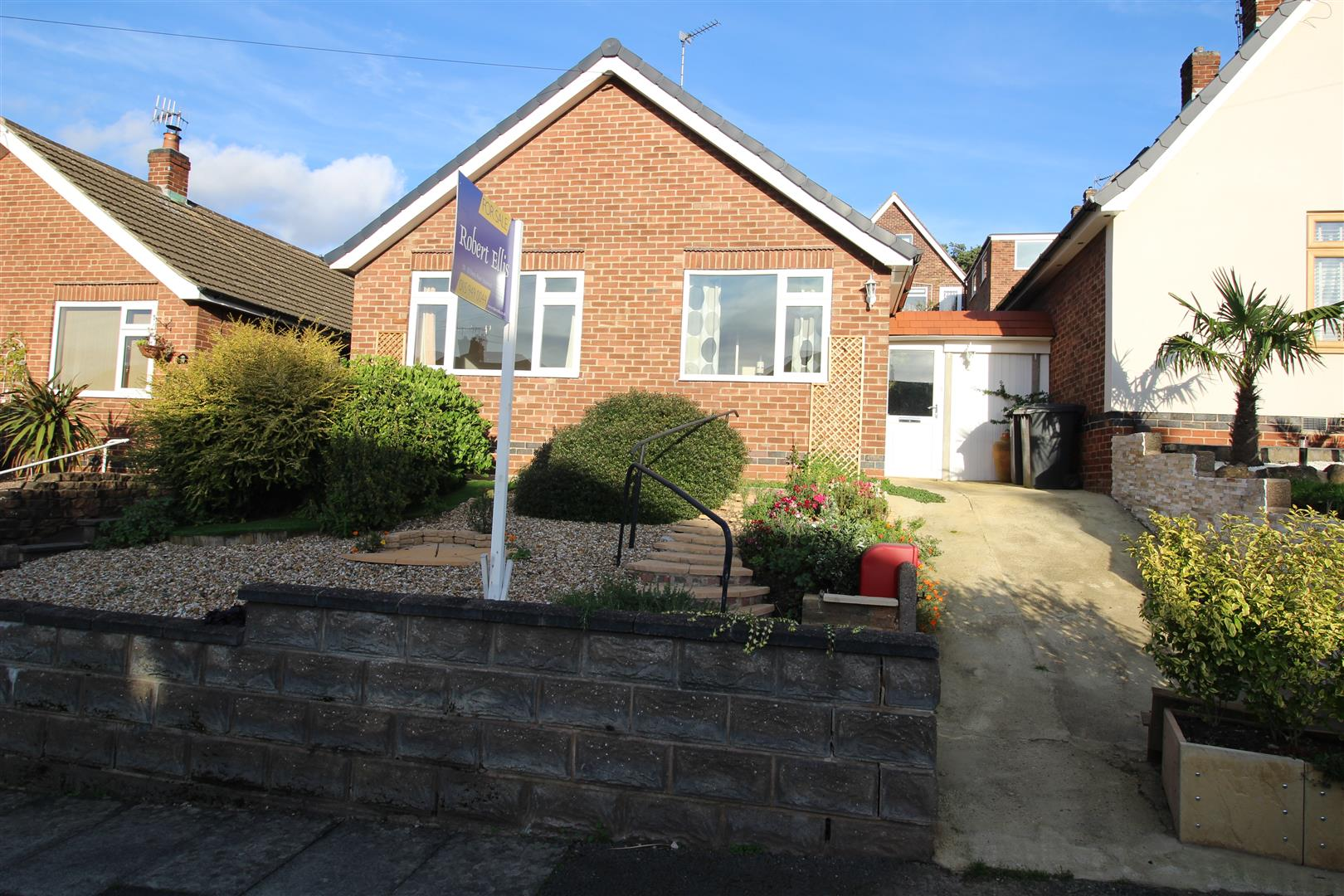 2 Bedrooms Detached Bungalow for sale in Trevone Avenue, Stapleford